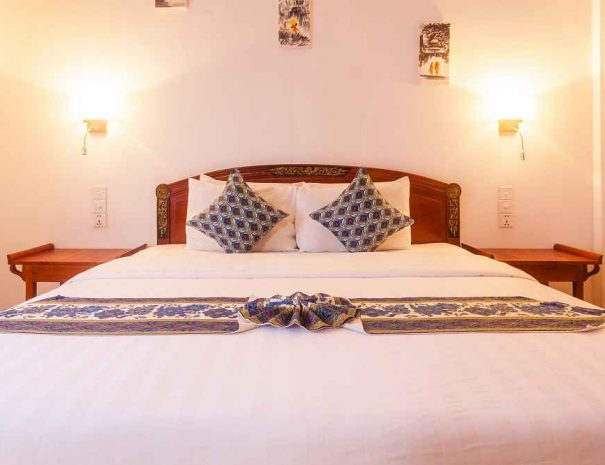 eureka villas guesthouse siem reap deluxe rooms (2)-small